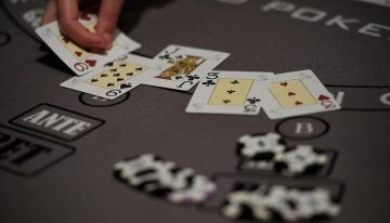 Mobile Game Online Poker – Cheat Methods To Watch For