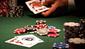 Why Play Poker Online-Benefits of Playing Poker?